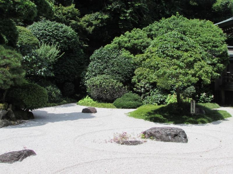 報国寺の日本庭園