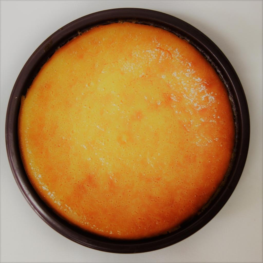 4じっくり1時間焼き上げたなめらかチーズケーキ.JPG