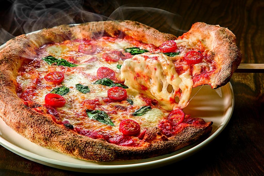 lbv52_pizza-img.jpg