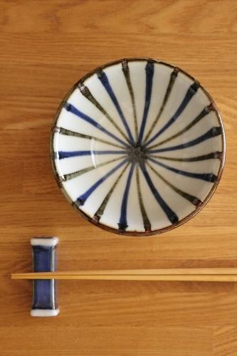 砥部焼・梅山窯:三寸八分朝顔形小鉢