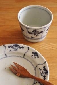 砥部焼・中田窯:七寸縁付皿、五寸縁付皿〈なずな〉