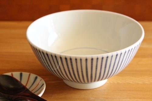 砥部焼・梅山窯:六寸丼〈十草〉