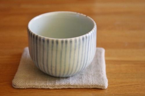 砥部焼・陶房拓実:お湯呑み〈麦わら〉
