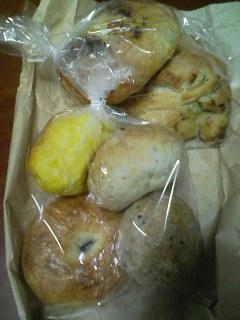 09-0216_こんがりパンや.jpg