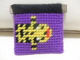 毛糸で作るかわいいパックンポーチ