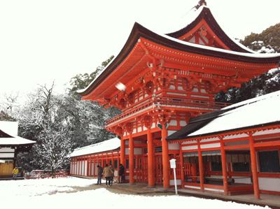 神社雪景色