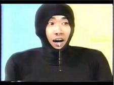 モジモジ君・「牛乳一気飲み・石橋貴明、鼻から牛乳垂れ流し」動画