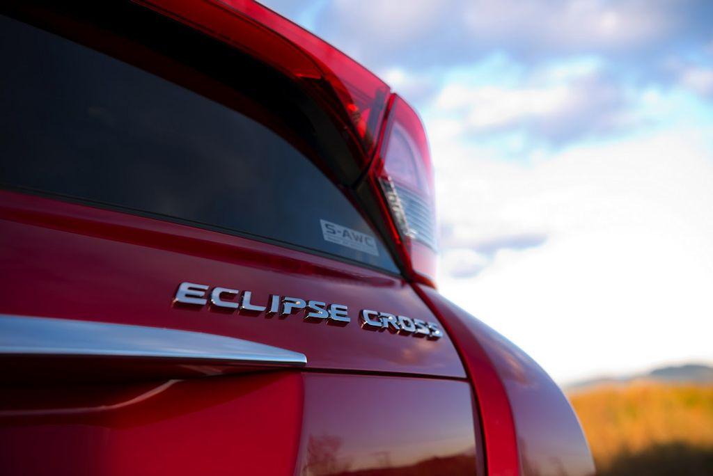 Mitsubishi-Eclipse-Sport-27.jpg