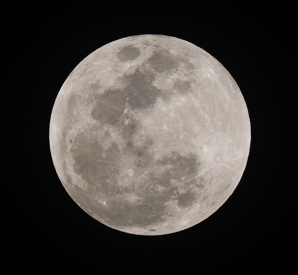 moon00S.jpg