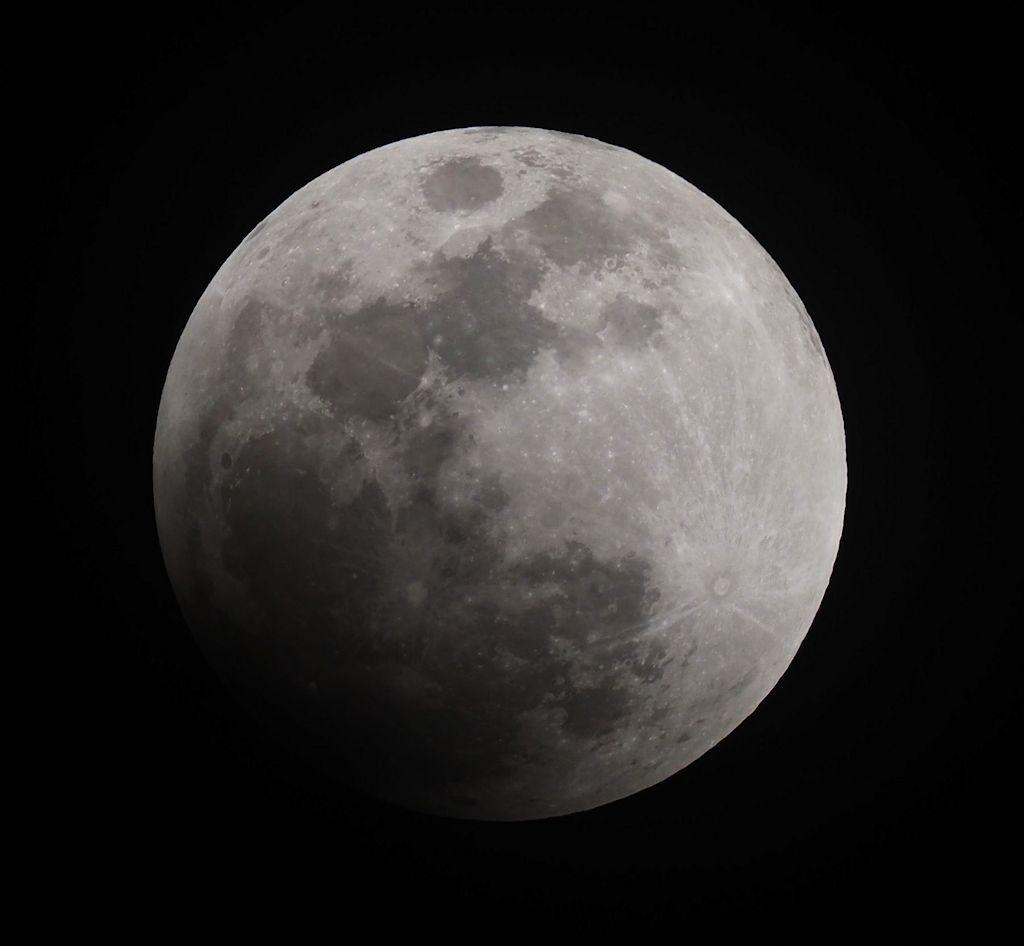 moon01S.jpg