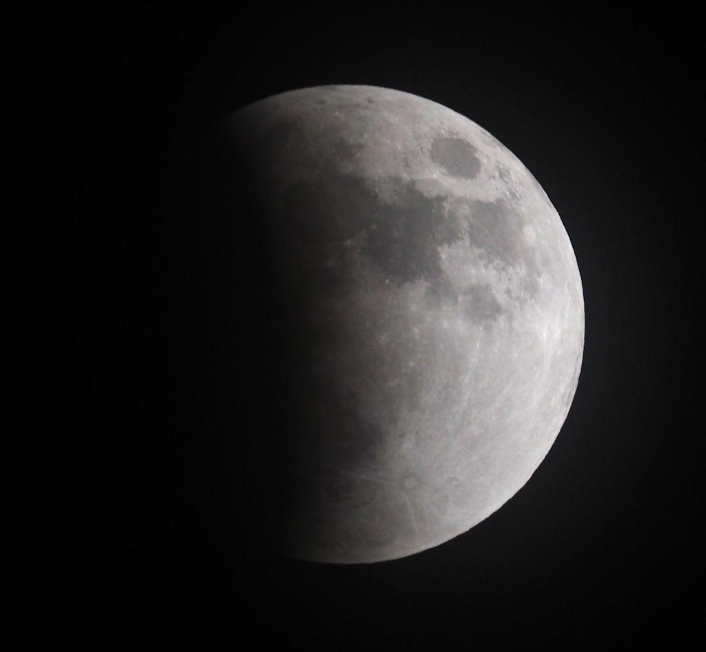 moon04S.jpg