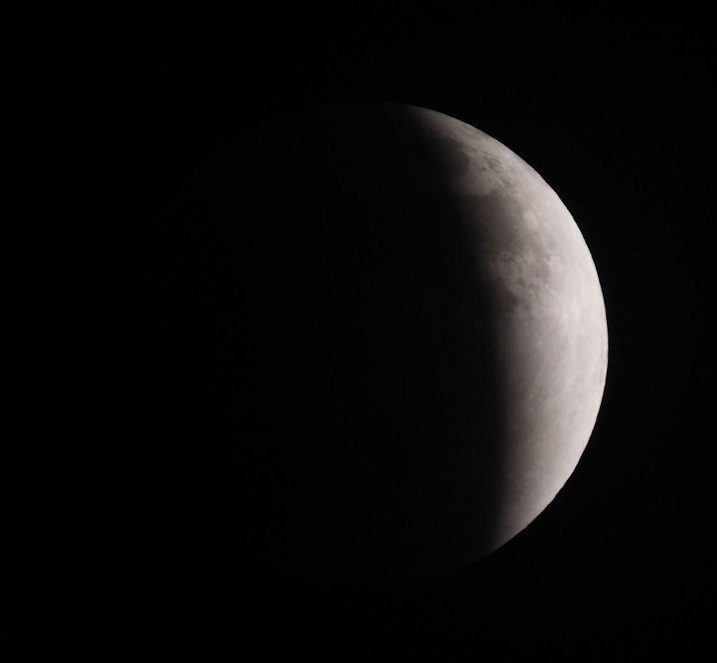 moon07S.jpg