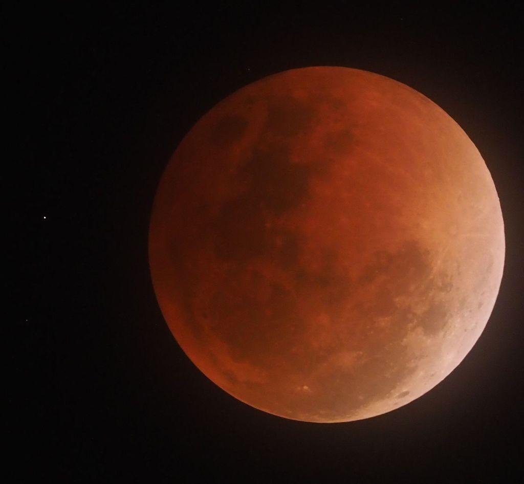 moon12S.jpg