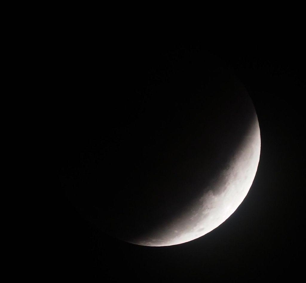 moon16S.jpg