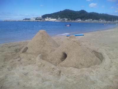 久々の砂山づくり
