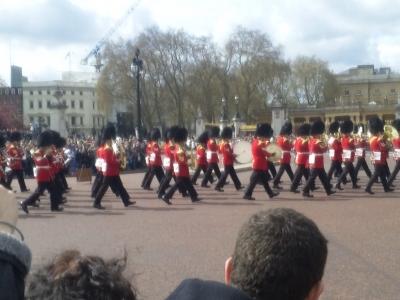 衛兵交代式の行進