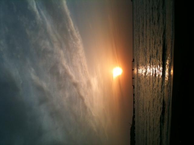 館山地震雲2