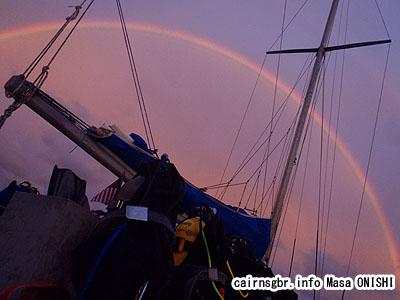 グレートバリアリーフで美しい虹