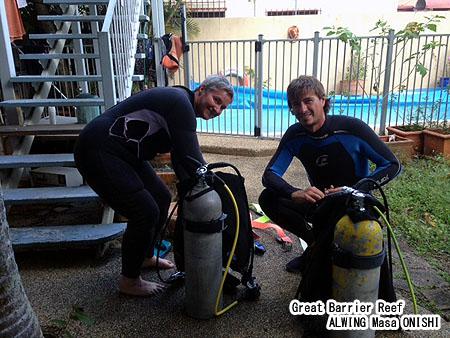 ケアンズ 市内の プール で リフレッシュ ダイビング