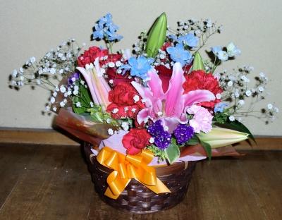 2011年の母の日の生花アレンジメント(1)