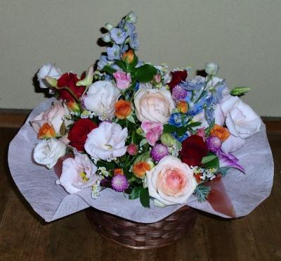 お誕生日の生花アレンジメントお送りいたしました!