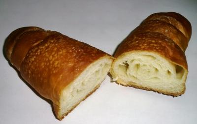 やっと食べた八幡浜名物の「塩パン」でした!