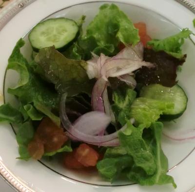 昨日、嫁さんは、山の手ホテルで講演会にてランチ食べました!