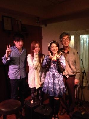 今回は平日に堺へ行って「すずきゆい」さんのライブを楽しみました