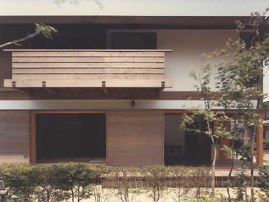 木場の家外観/水平線