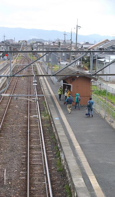 JR柳本駅舎