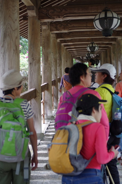 長〜階段状の回廊