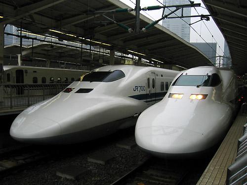 新幹線・・・