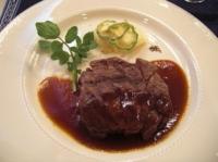 和牛フィレ肉の赤ワインソース