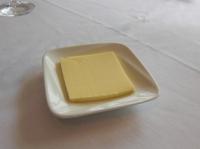 バターはみんなで分けます