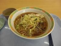 学食の野菜ラーメン