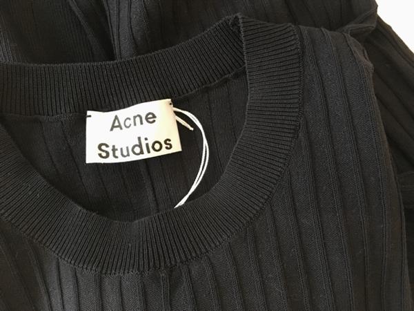 Acne Studios 2.png