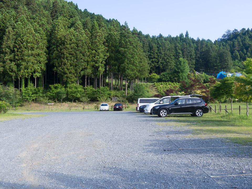 棒ノ嶺・棒ノ折山 さわらびの湯の駐車場