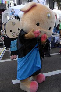 仏な豚ブットンくん