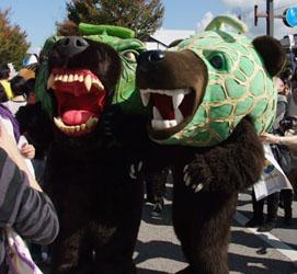 右のクマと左のクマ