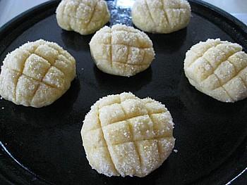 ホットケーキミックスでメロンパン7