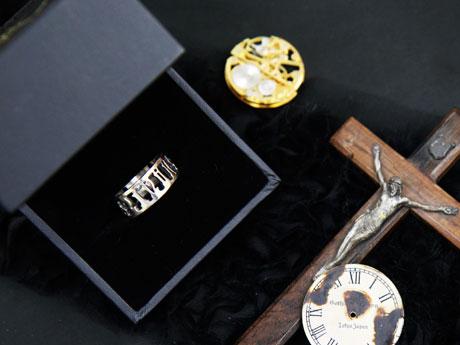 日時計の指輪