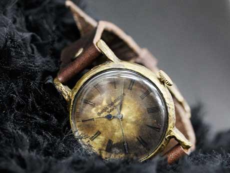 ハンドメード腕時計