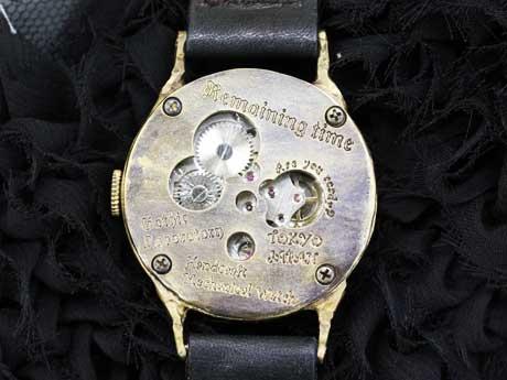手巻き式腕時計 真鍮 COUNTDOWN
