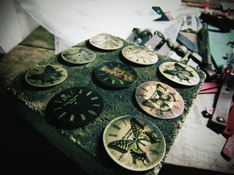 蝶の腕時計