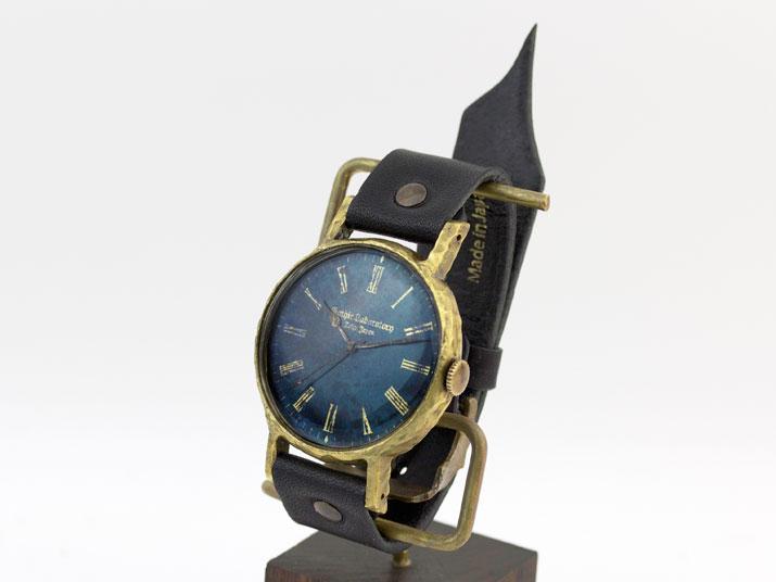 グリーンの文字盤 腕時計