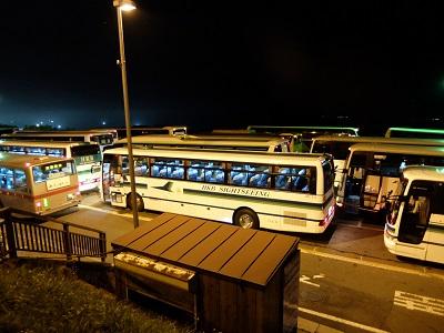 バスの数が凄い_18