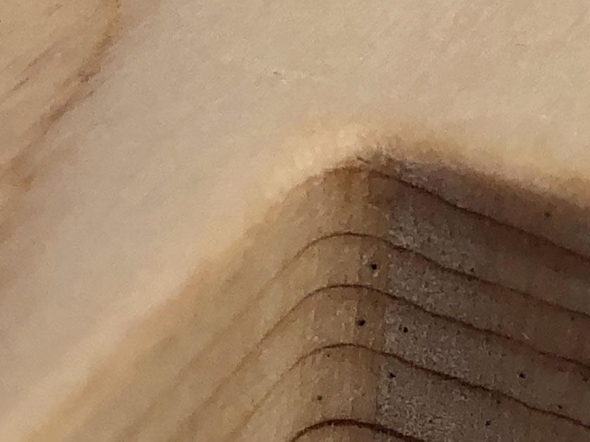 ペンタブロックの凹角のディティール