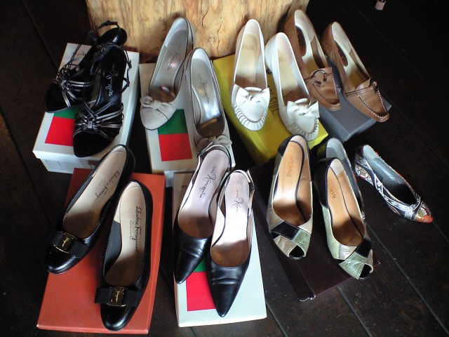 銀座かねまつ・フェラガモなど靴入荷