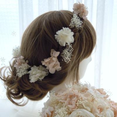 ウェディングドレスのヘアード