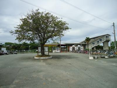 南荒尾駅1
